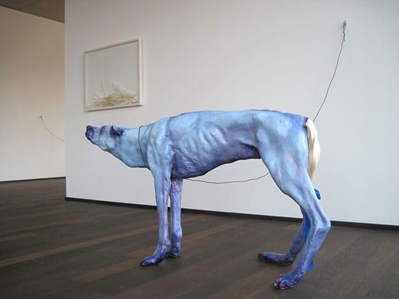 Pawel-Wocial-Pony-Wolf-hipperrealistyczna-rzezba-obiekt